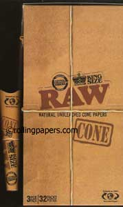 Raw King Size Cones With Tips 32 3-Packs Display Box